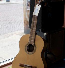 Hofner (used) 1990's Hofner Classical Guitar w/ Case