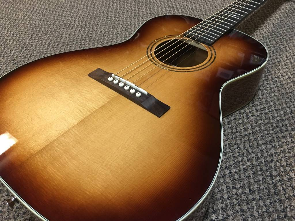 Alvarez Alvarez Jazz & Blues Series Delta 00 Deluxe Acoustic
