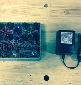 Electro-Harmonix (used) Electro-Harmonix Tone Tattoo Multi-effects Pedal with Distortion, Delay, Chorus, and Noise Gate (includes power supply)