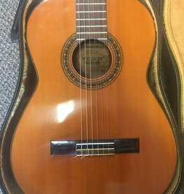Wilson (used) Wilson Classical Guitar w/ Harshell Case