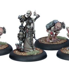 Privateer Press Warmachine: Cryx - Necro-Surgeon and Stitch Thralls