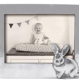 Mariposa 5 x 7 Bunny Frame