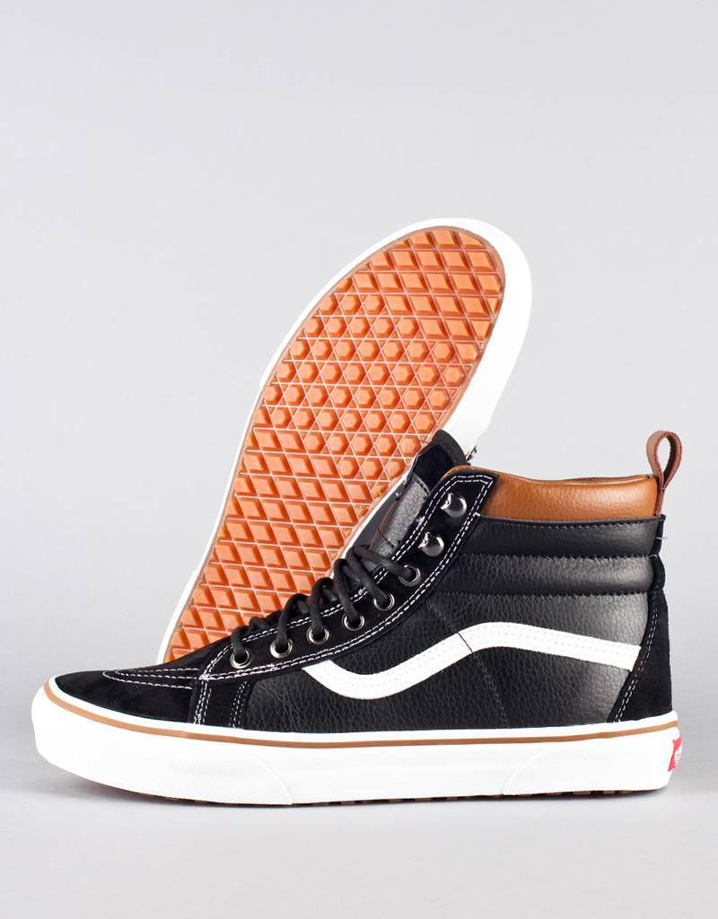 vans black leather mte