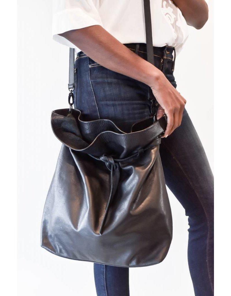 Marie Turnor POUBELLE BUCKET BAG