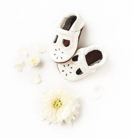 Starry Knight Design Starry Knight Design Moccasin T-straps White