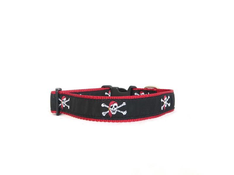 Preston Pirate Skull & Crossbones Collar