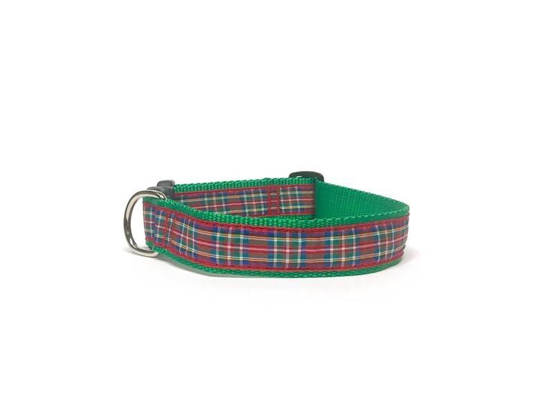 Preston Royal Stewart Holiday Plaid Collar
