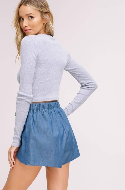 Listicle Chambray Petal Shorts