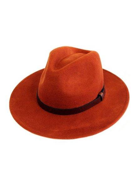 Avenue Zoe West Village Hat