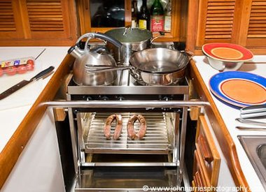 Galley: Stoves, Ovens, Cooking