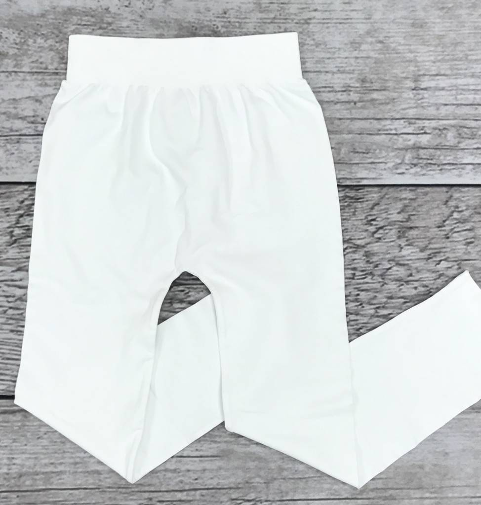 White Seamless Capri Leggings