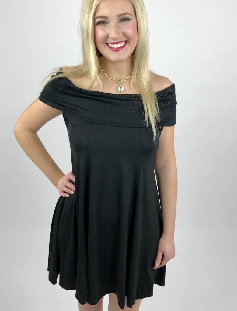 Black Sleeveless Relaxed Collar Dress