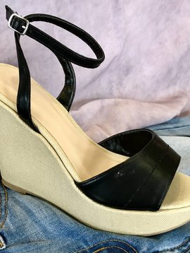 Black Wrap Around Wedge Sandal