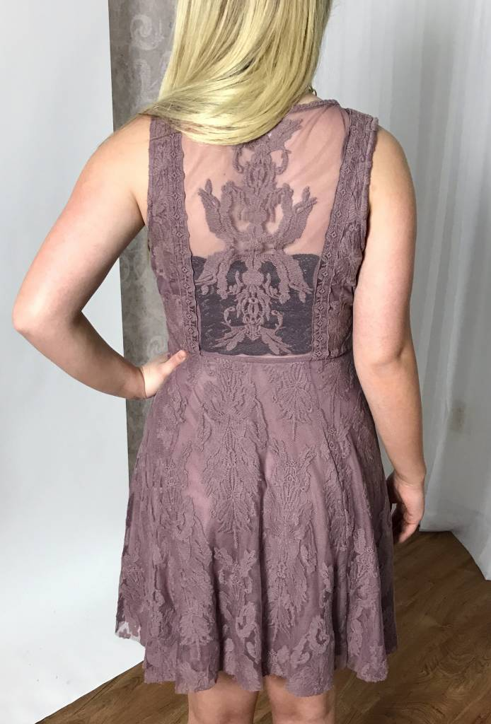 Mauve Deep V-Neck Sleeveless Dress