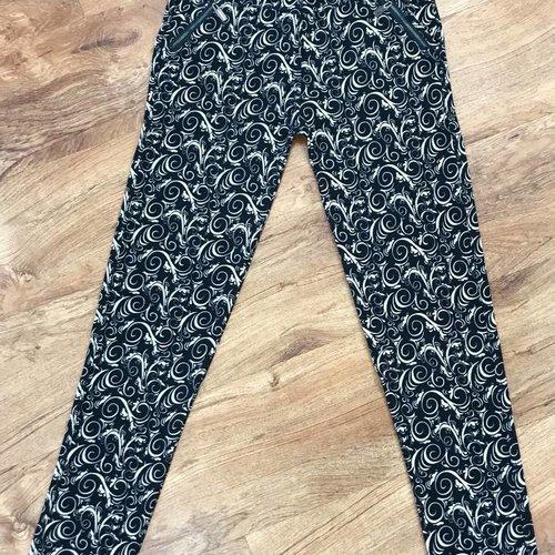 Black with Cocoa Paisley Zip-Pocket Soft Leggings