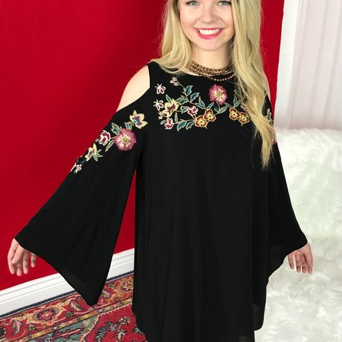 Black Open Shoulder Floral Embroidery Dress