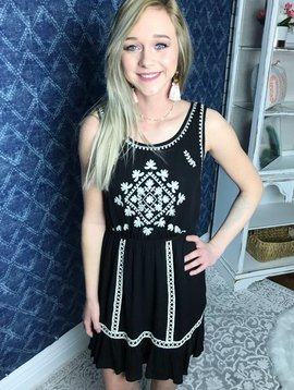 Black Cute Embroidered Sleeveless Dress