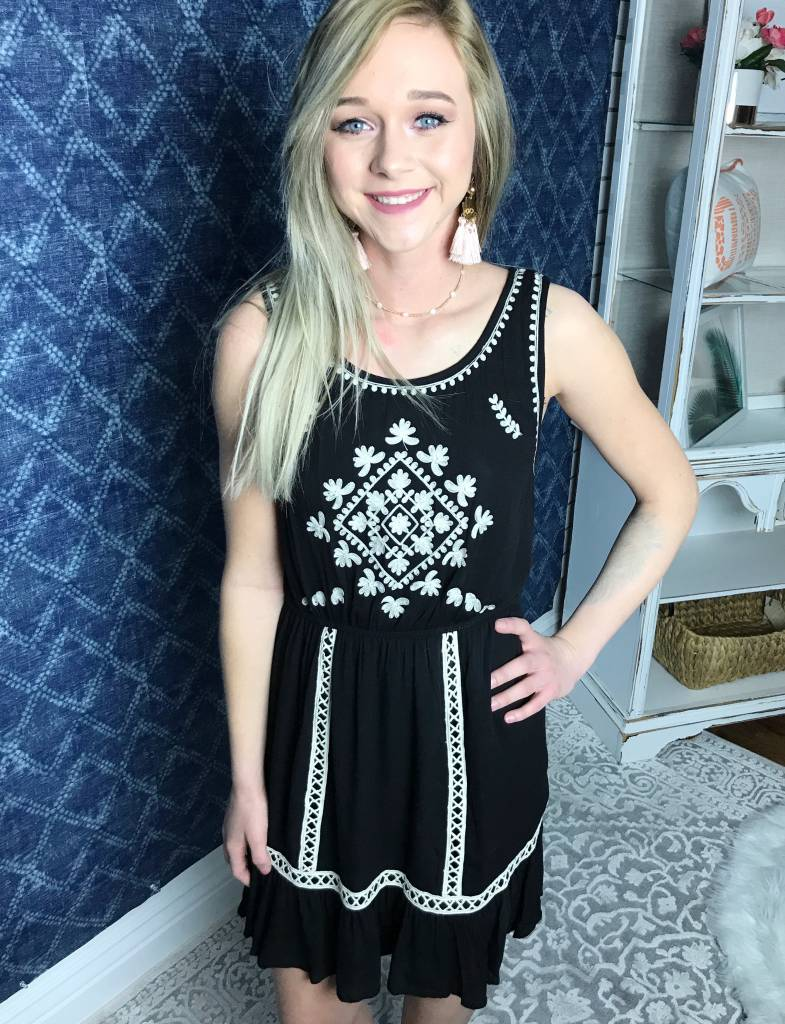 Black Cute Embroidered Sleeveless Dress