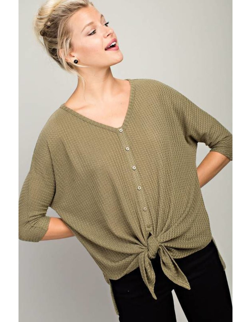 Olive Button Detail Knit 3/4 Sleeve Top