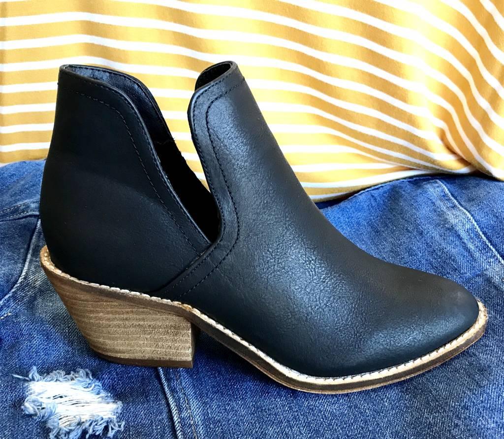 Black Low Heel Side Slit Bootie