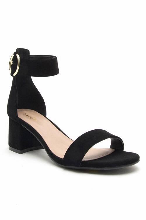 Simple Black Sandal with Block Heel