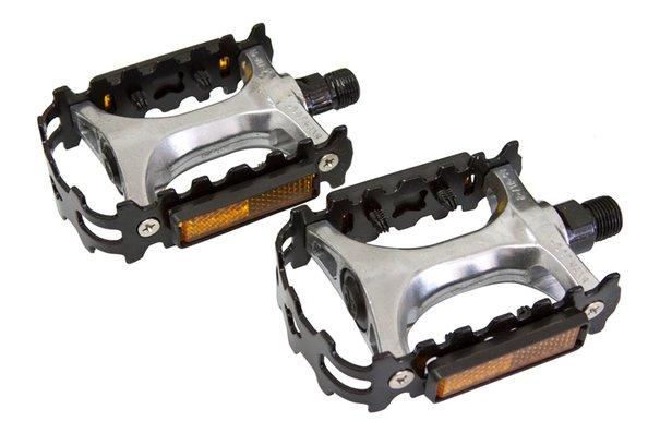"Generic Alloy/Steel Pedals - 9/16"""
