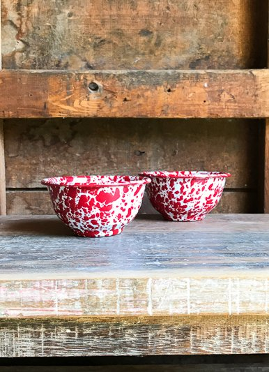 Crow Canyon Home Marble Red Small Enamelware Bowl