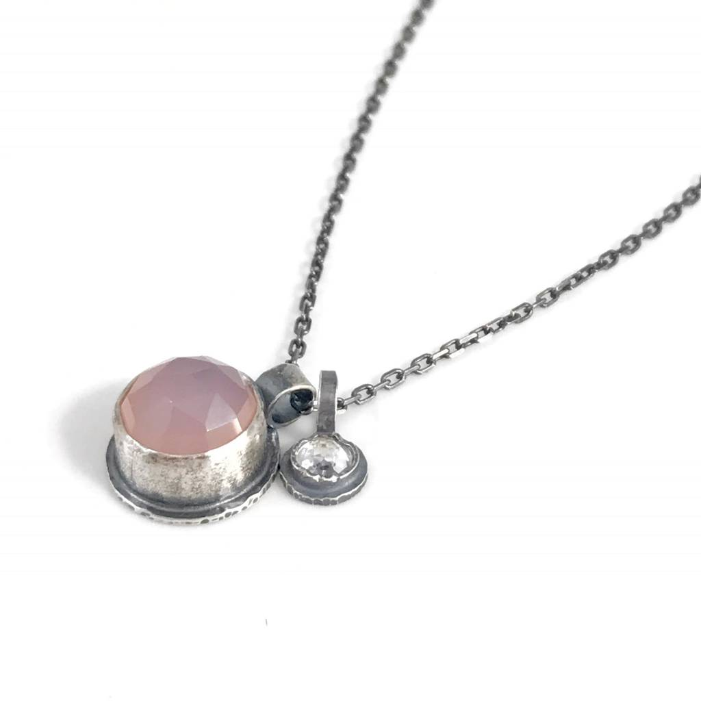 Eclectic Ethos Eclectic Ethos Guide Necklace - Pink & White
