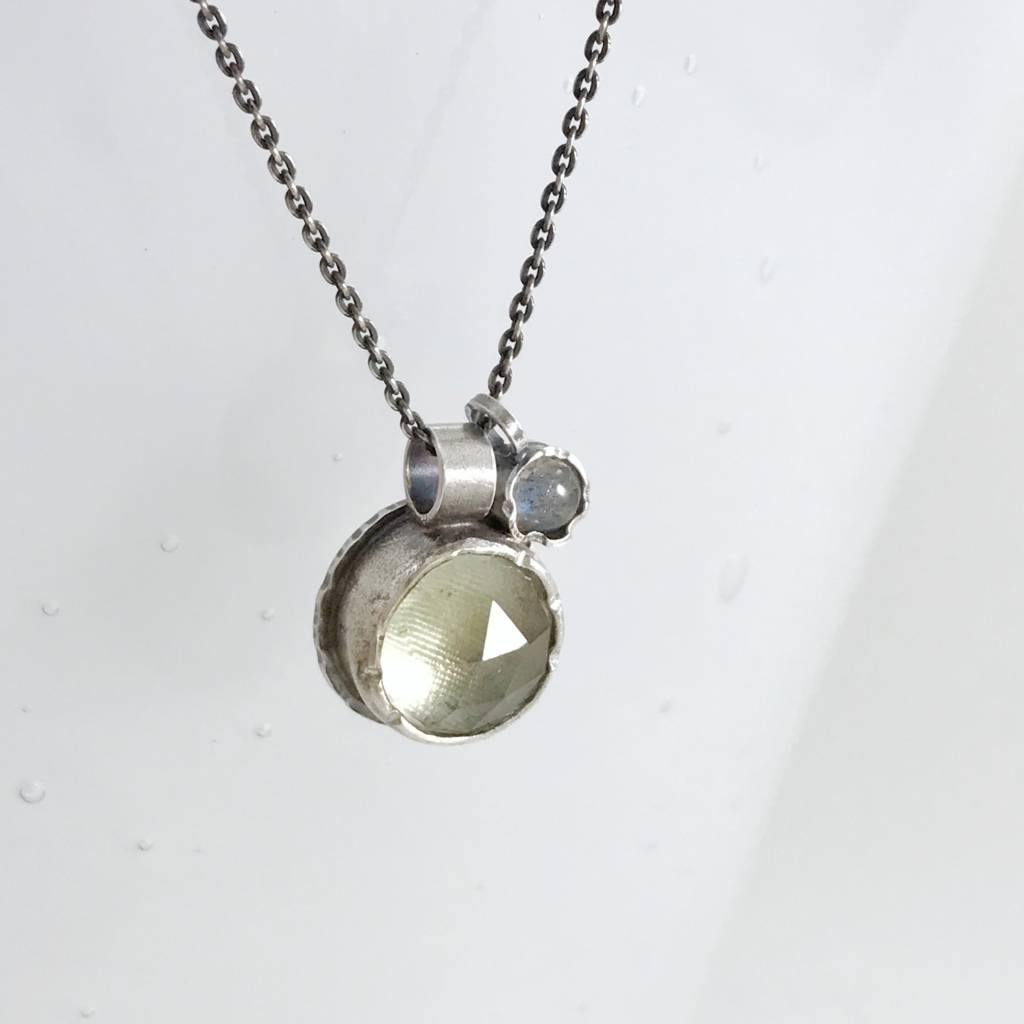 Eclectic Ethos Eclectic Ethos Guide Necklace - Light Green & Grey
