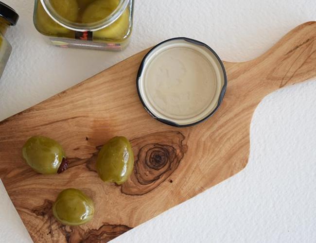 Bois d'olive PLanche avec poignee medium