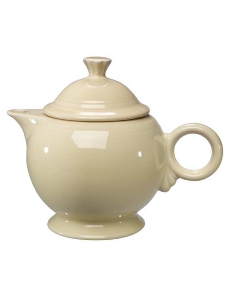 Covered Teapot Ivory