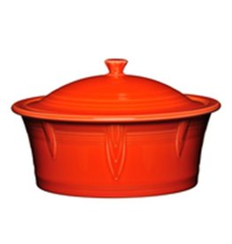 Large Covered Casserole 90 oz Poppy