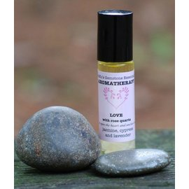 ESSENTIAL AROMATHERAPY OIL :  LOVE