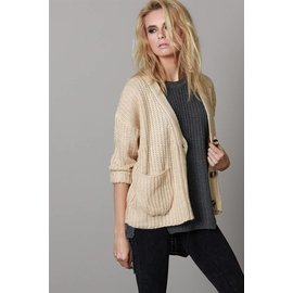 CHUNKY BEIGE BUTTON CARDIGAN