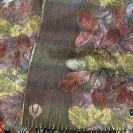 MOSSY LEAVES SCARF
