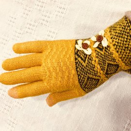 SWEATER KNIT GLOVES GOLD