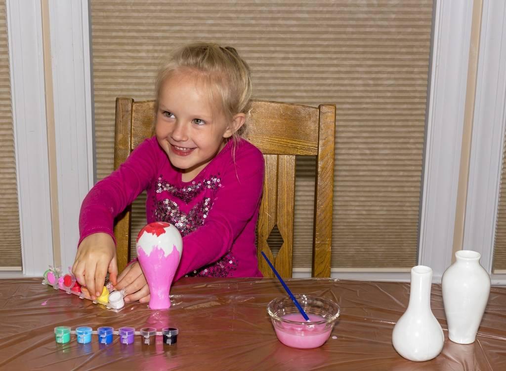 Mindware Mindware Craft Paint Your Own Vases Minds Alive Toys