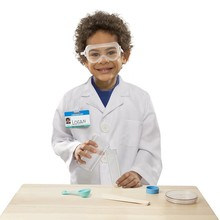 Melissa & Doug Melissa & Doug Role Play Scientist