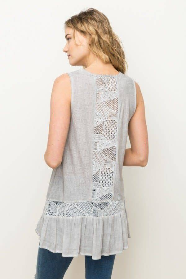 Mystree slvless tunic w lace trim