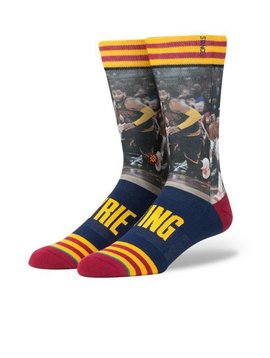 STANCE KYRIE IRVING