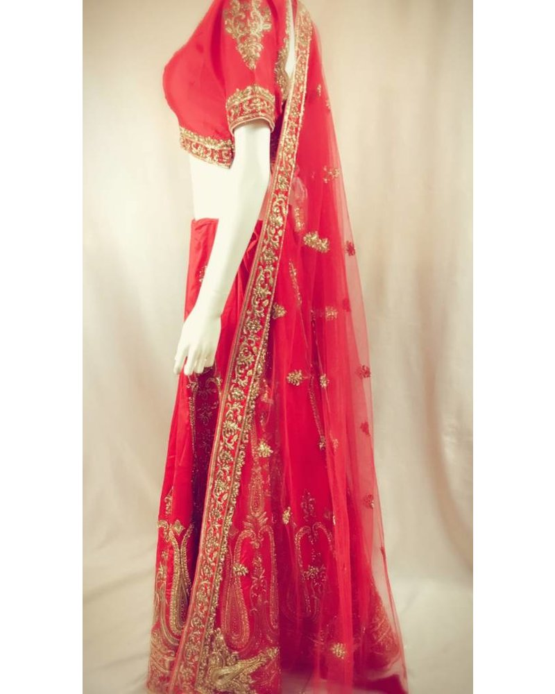 Bridal Red Lehenga with Kundun