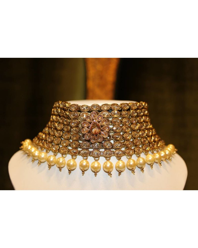 Gold Choker Set with flower detail