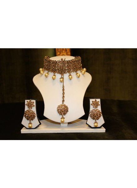 Gold Choker Set with Star Earrings