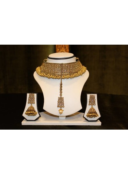 Gold Choker Set w/ frilly detail