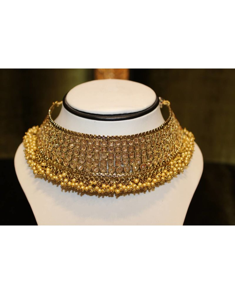 Gold Choker Set with frilly detail