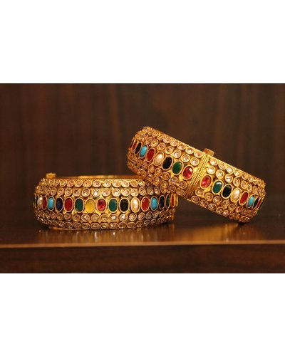 Multicolour Oval and Crystal Bracelet (2.6, 2.8)