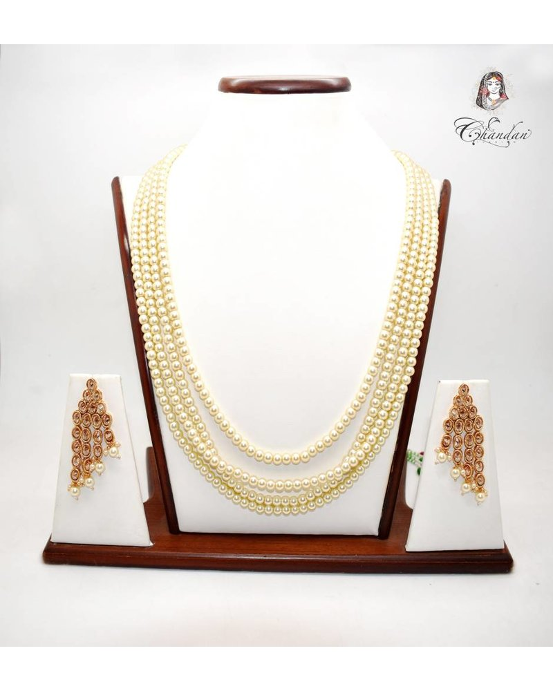 Pearl Necklace w/ Earinngs