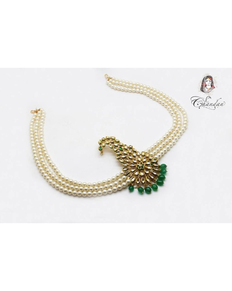 Kalgi w/ Green Beads & White Pearl Side Chains