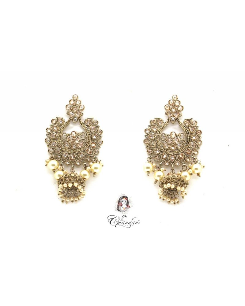 Golden Earings with pearls and stones