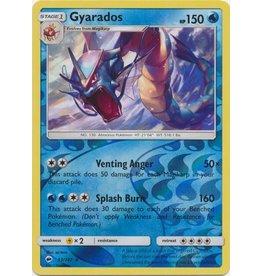 Pokemon Gyarados - 33/147 - Holo Rare Reverse Holo